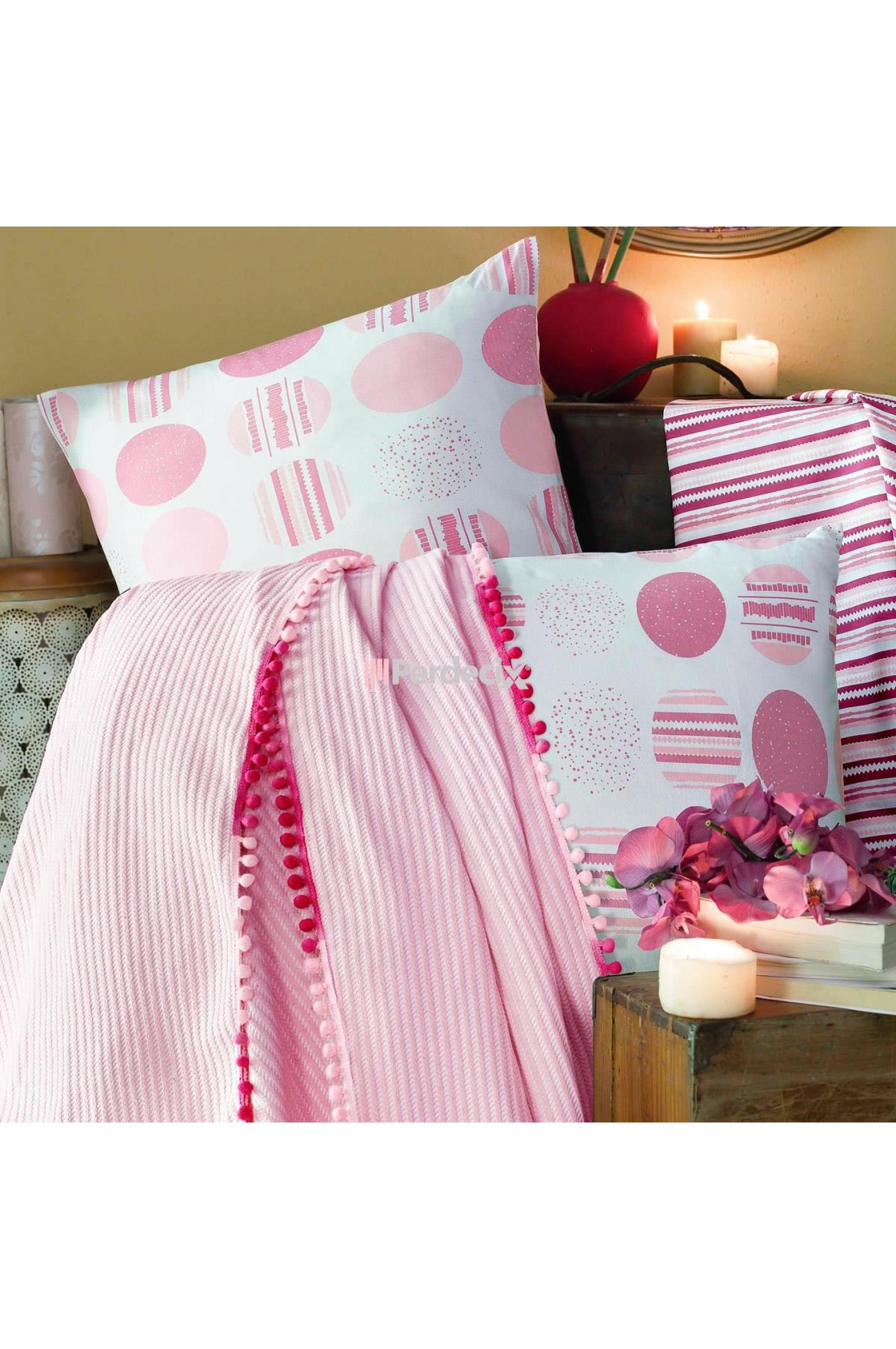Home Berry Pink Hopes Çift Kişilik Ponponlu Pike Takımı - Pudra
