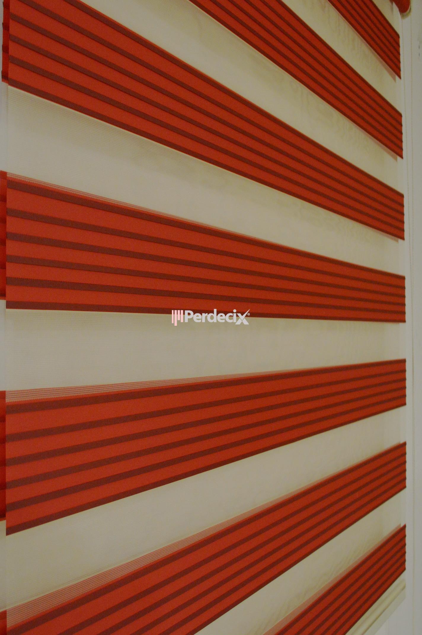 Perdecix  Plisel Hazır Zebra Perde - Kırmızı